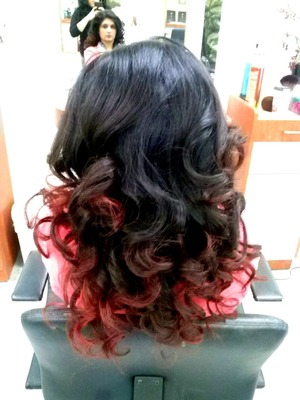 Used Rollers Until Mid Shaft of head, And than curled ends with flat iron.