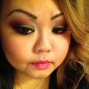Green & Pink Sleek makeup palette