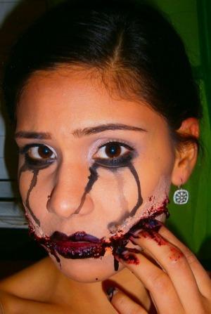 http://smokincolour.blogspot.com/2012/10/black-dahlia.html