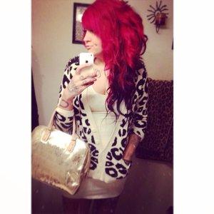 Big holiday hair- messy curls/updo. 🎁