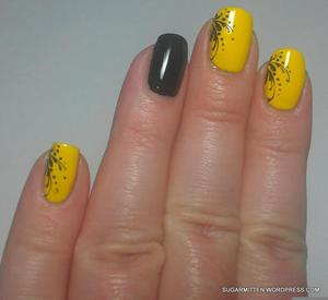 http://sugarmitten.wordpress.com/2012/04/26/plasma-plays-in-21-ways-20-yellow-21-black-stamp/