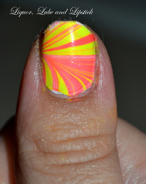 http://liquorlubeandlipstick.blogspot.com/2012/07/strawberry-lemonade.html
