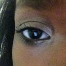 Iner corner eye shadow