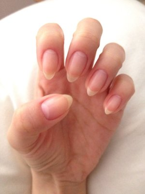 naturally grown and shaped stiletto nails