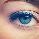 makeup blue eyeliner