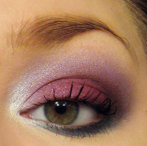 A bright and sparkly look for the New Year using the Cinderella Palette by Spehora. Colors used are: Maiden (on lid), Fairy Godmother (in crease), Rococo (outer-V & into crease), Ball Gown (inner corner), Midnight (bottom lash line), A Wish (brow bone highlight). I used an eyeliner base under the lid color (Physicians formula - Shimmer Strips Custom Eye Enhancing Eyeliner Trio, the pink one) and bottom lash line color (Rimmel London - Exaggerate Waterproof Eye Definer in #230 Deep Ocean).