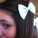 turquoise bow!