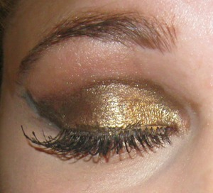 This is the eye look I did on Halloween when I dressed up as Cleopatra.