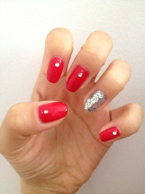 My favourite OPI red with and accent nail