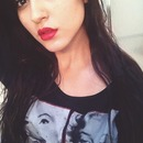Red lips and bold liner 💋