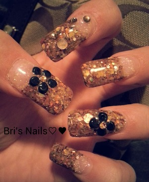 gold glitter mix w/gold circles, hexagons & triangles and gold swarovski crystals
