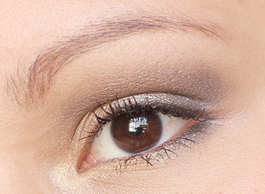 Created with Urban Decay Naked 2 Palette.