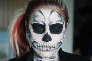 Lady Gaga Inspired Skull Makeup