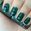 Boots 17 Magnetized Nail Polish in Teal