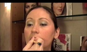 Bobbi Brown Holiday & Chrome Collections Makeup Lesson (2009)