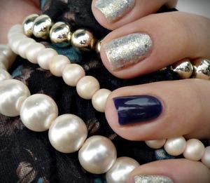http://malykoutekkrasy.blogspot.cz/2014/02/a-ma-dalsi-kombinace-uma-cosmetics.html