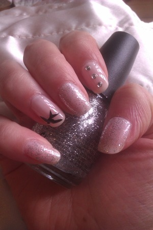 nude pink and glitter <3