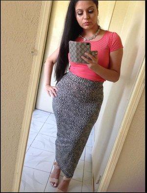 Loving my maxi skirt ☺️