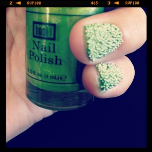 Love the look with Hoof Nail Polish & California Nails Caviar Pearls!!  http://www.facebook.com/pages/California-Nails/348545681842439