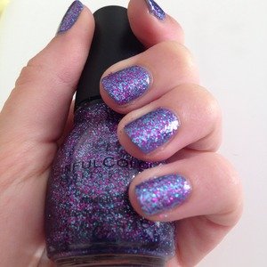 Base colour maybelline surreal 635 with sinfulcolors Frenzy 992