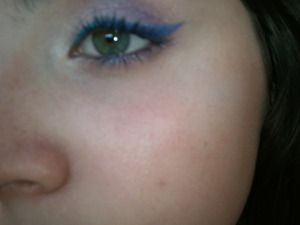 Blue-to-purple liner!
