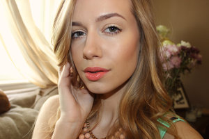 Summer natural foundation look and an orange lip!