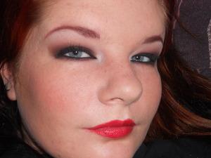 Mmmm... Red lips...