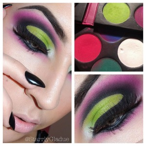 I used Sugarpill's Acidberry on the lid blended into Tako in the inner corner. MAC's Blacktrack Fluidline was used to create the cut-crease, blended out with MAC's Carbon and into Sugarpill's Dollipop <3