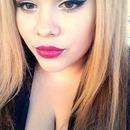 bold lips?