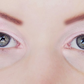 Eye make up.