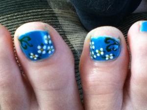 Ma's toe nail design