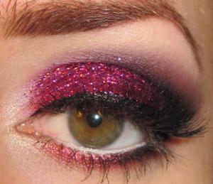 burgundy glitter makeup