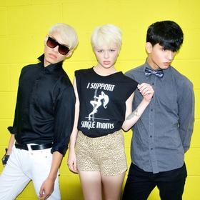 { fashion }