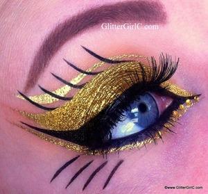 Blog: www.glittergirlc.com