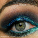 A deep smokey Aqua Look