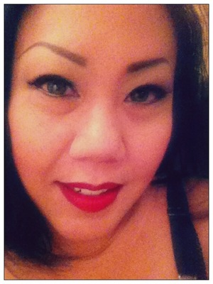 Rockin the new and limited Such Flare lipstick.
