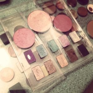 Used old cd cases and some old make up to create personalized palettes!