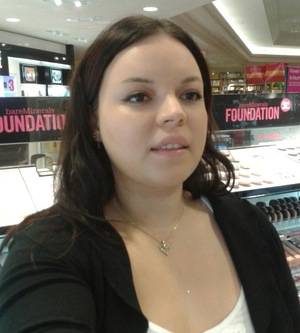 I tried pür minerals at the mall and loved it!
