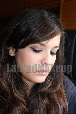 http://laundmakeup.blogspot.com/2011/09/look-mila-kunis-au-naturel-sleek.html