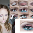 Step By Step salmone and mint make up