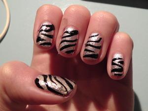 Glitter zebra nails.. LOVE them :)