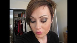 Smokey Look With Naked 2