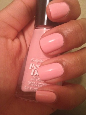 Sally Hansen pink nail from the nail salon. Number 205, Pink Blink. <3