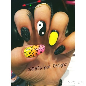 Neon, Ombré, Cheetah, outline, sparkle, ying yang nails !