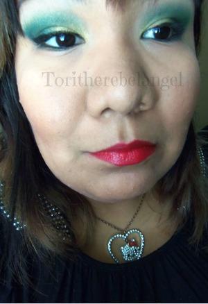 New video!   Watch here: http://www.youtube.com/watch?v=ieLnKJKxceY  Read here: http://toritherebelangel.blogspot.com/2013/09/fall-gold-green-makeup.html