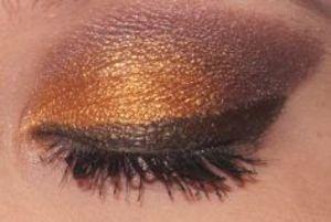 Gold and Brown Smoky Eye