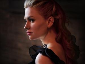 Anna Pacquin always looks stunning!