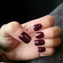 Dark and descrete purple nails