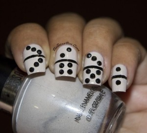 http://www.bellezzabee.com/2013/05/nail-challenge-day-24-inspired-by-game.html