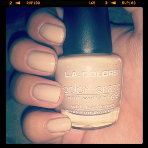 found a perfect beige so i had to swatch it for everybody to see! :) lol!